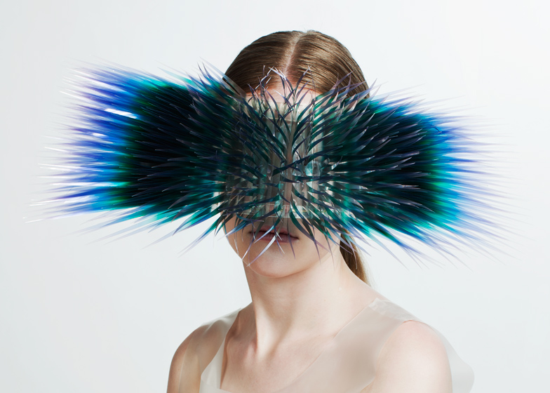 """Post-Matter"" – Wearable Art That Blurs The Boundaries Between Bodies And Environment (Larissa E. Shaw)"